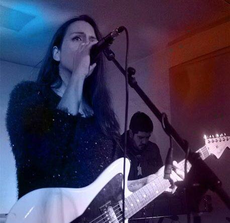 Elisa y la Respuesta a Todo lanza su nuevo single